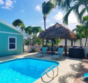 Huge Pool and Tiki~ Pool Heat Optional $150