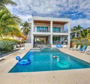 Shangri La Beach House - 001
